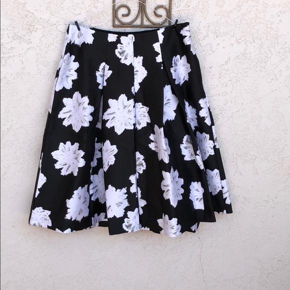 322f4be5ee Lane Bryant Skirts   Black And White Floral Box Pleat Skirt   Poshmark